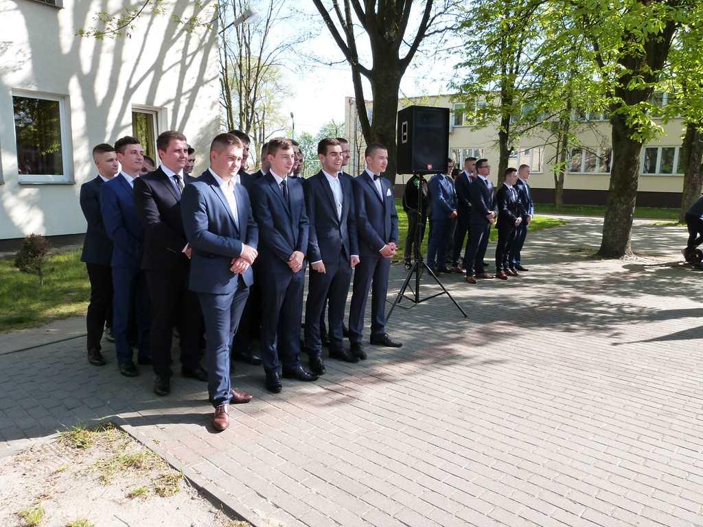 Uroczystość zakończenia roku szkolnego 2018/2019 klas programowo najwyższych