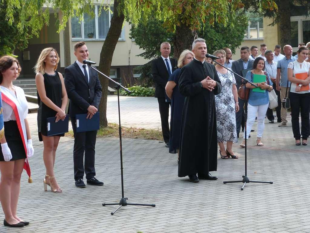 Uroczyste rozpoczęcie roku szkolnego 2019/2020 w RCEZ w Lubartowie