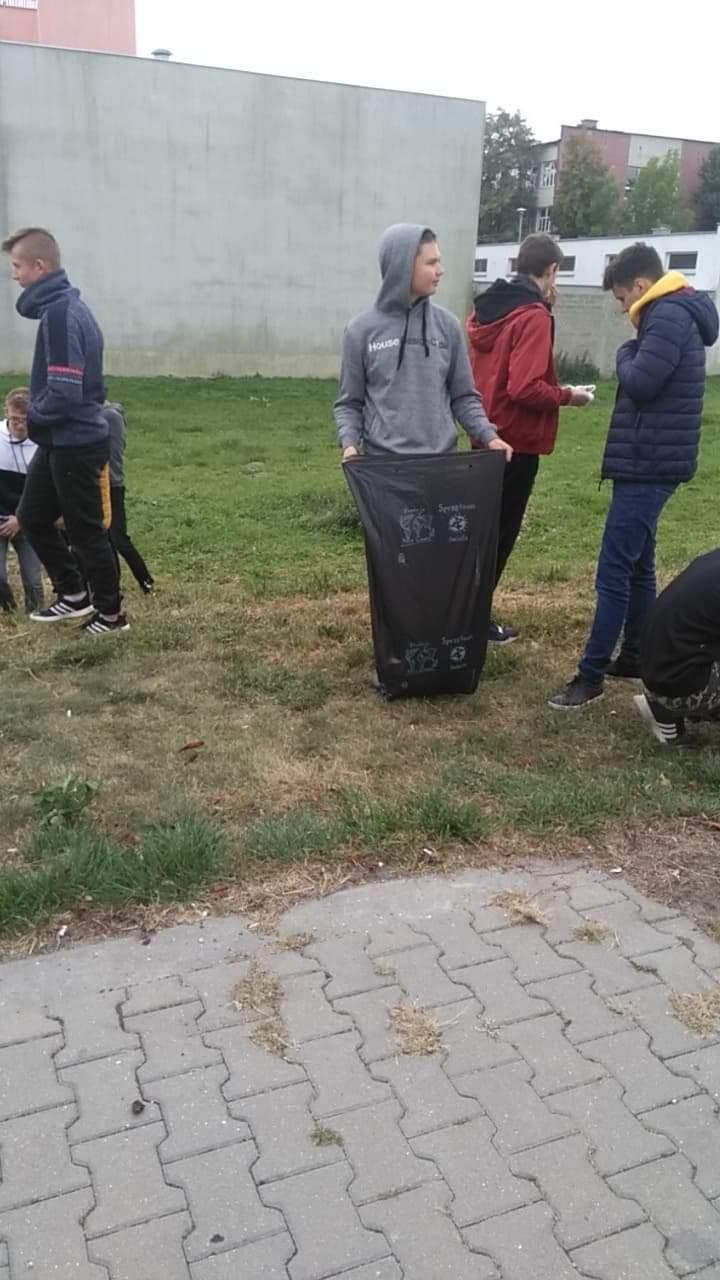 Akcja Sprzątanie Świata 2019