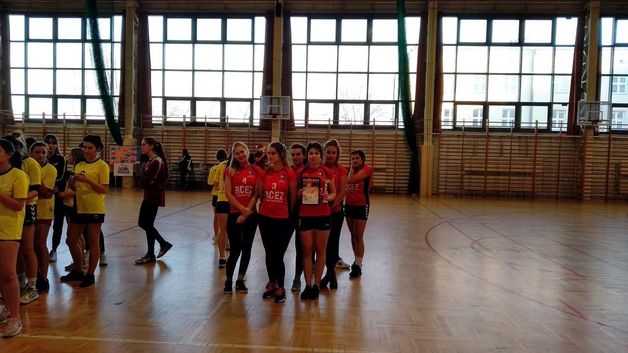 Drugie miejsce RCEZ w XVII Andrzejkowym Turnieju Piłki Ręcznej Dziewcząt