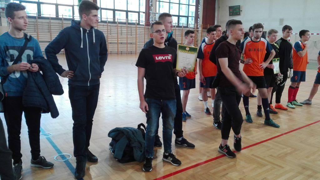 Drugie miejsce W Mistrzostwach Powiatu w Halowej Piłce Nożnej Chłopców