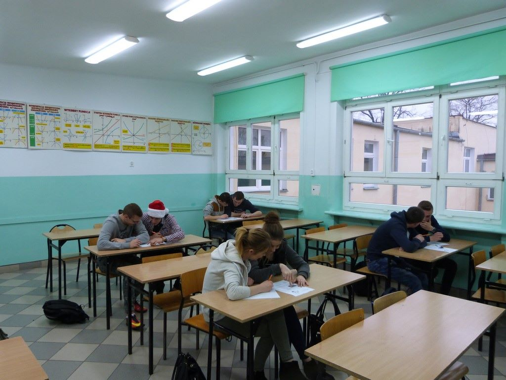 """""""Konkurs Mikołajkowy """" z matematyki"""