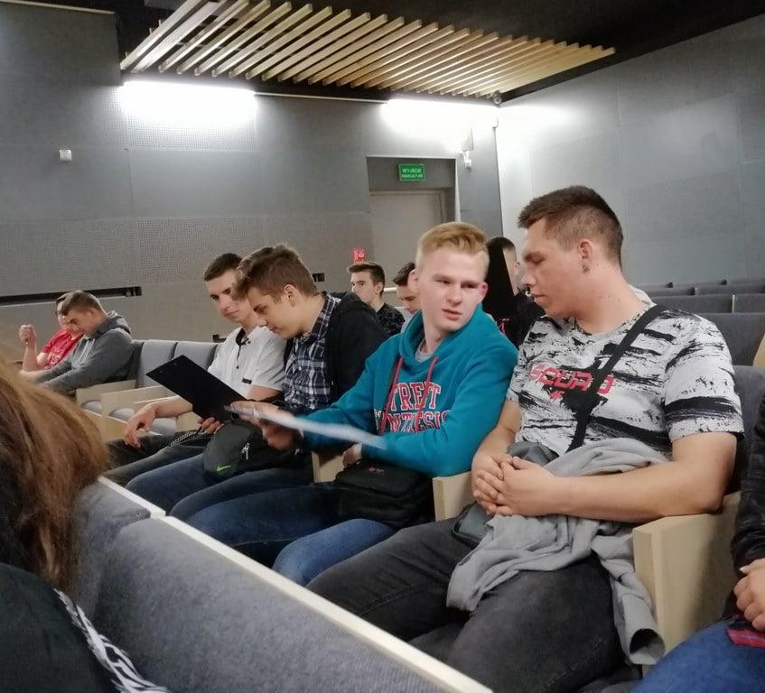 Lekcja muzealna klasy 1 TB na Majdanku