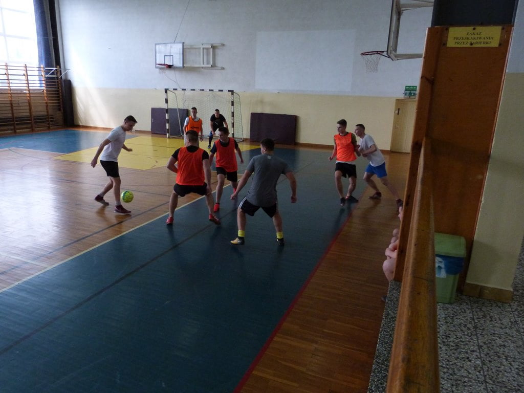 Mistrzostwa Szkoły w Halowej Piłce Nożnej dziewcząt i chłopców 2019