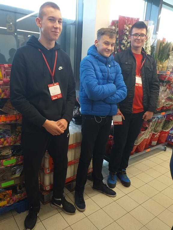 """Ogólnopolska Zbiórka Żywności Caritas Archidiecezji Lubelskiej """"Tak-Pomagam"""""""