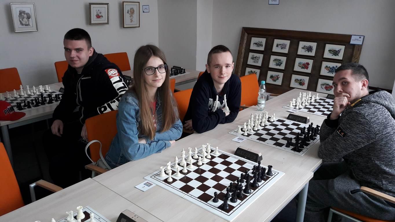 Paweł Sak wicemistrzem powiatu w szachach indywidualnych