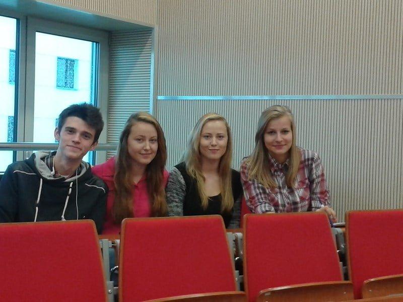 Przedstawiciele społeczności uczniowskiej na konferencji o samorządności