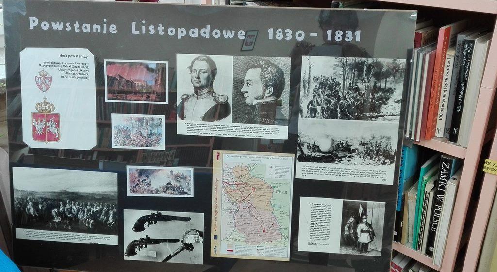 Sto lat niepodległości - wystawa książkowa