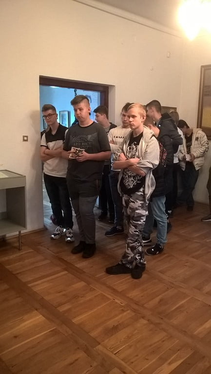 Uczniowie klasy I TEMb w Muzeum Ziemi Lubartowskiej