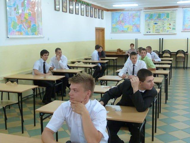 Uczniowie RCEZ rozpoczęli egzamin potwierdzający kwalifikacje zawodowe