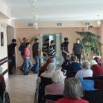 Uczniowie RCEZ w Domu Pomocy Społecznej