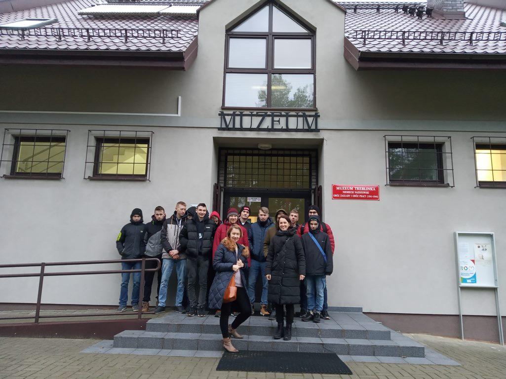 Wycieczka klasy 2TM do Treblinki, Warszawy i Otrębusów